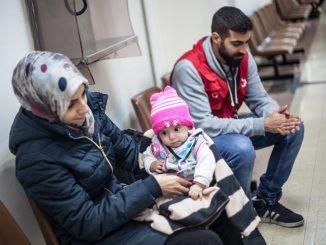 cruz roja grecia refugiados