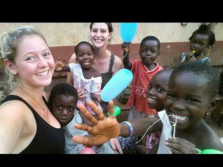 marta-durante-su-voluntariado-con-naimeya-en-Ghana