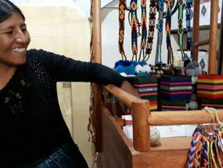kurmi-artesanias-con-alma-en-lago-titicaca