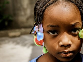 mutilacion-femenina-medicos-del-mundo-campaña