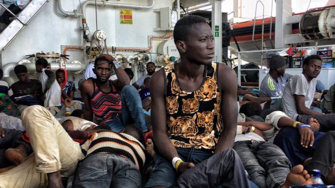 traficantes-personas-acnur