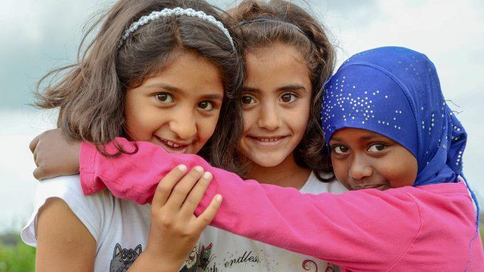 niñas refugiadas