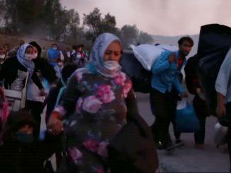 Migrantes abandonan Moria